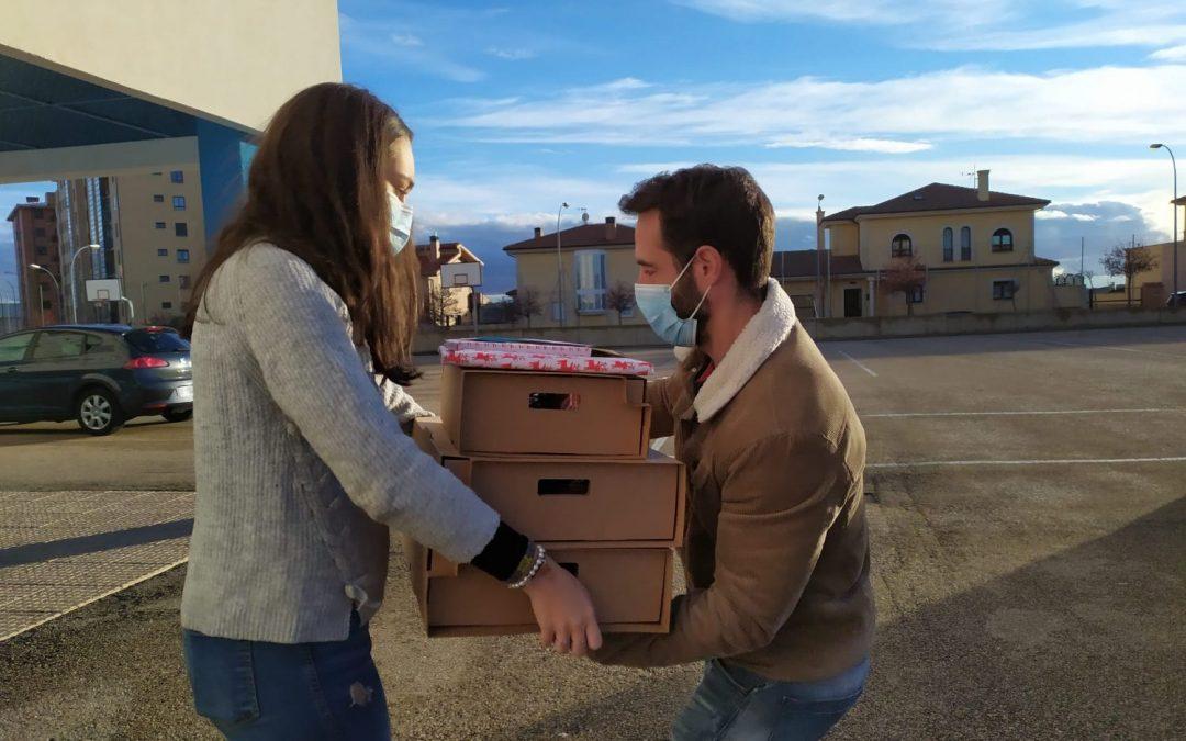 """La campaña """"Esta Navidad…¡Cenamos todos!"""" culmina con la entrega de 92 cenas a más de 30 familias"""